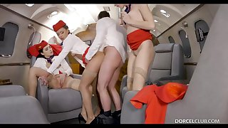 Valentina Nappi, Cassie Del Isla and other flight attendants are having line hookup in the elementary
