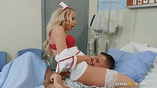 Spicy nurse treats ill patient with pussy cure