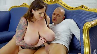 Seductive Heavy-Breasted Mother I´d Like To Fuck - laura orsolya