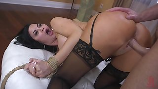 Roundish brunette Jasmine Jae is tied respecting and punished by one brutal guy