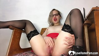 Amazing teacher concerning stockings pleasures her juicy vagina