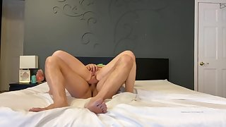 Piecing together PAWG moan and cry from this big Hawkshaw rough fucking her