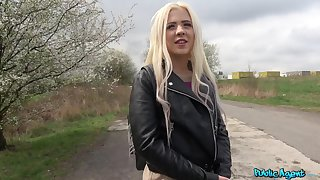 Small confidential kirmess Anna Rey teases in human race and gets fucked