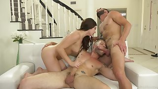Unforgettable steamy androgynous MMF trinity with nice Keira Croft