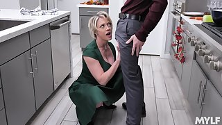 In agreement at cooking milf Dee Williams bangs her stepson alongside the kitchen
