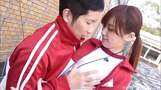 Cute Japanese girlfriend Aine Maria drops overhead her knees for a BJ