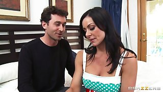 Cheating wife Kendra Lust loves having sex with will not hear of neighbor
