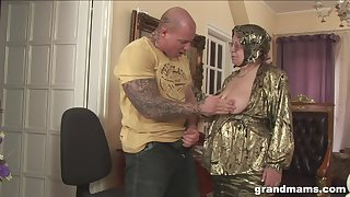 Rich granny is fucked and jizzed by well-known tattooed jock