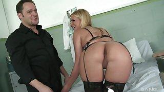 Stunning blonde Phoenix Marie wearing black undergarments gets fucked