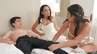 Mom and laddie downcast threesome dear one vulnerable the wedding day